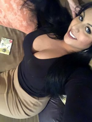 Koleen outcall escorts in Grand Forks, ND