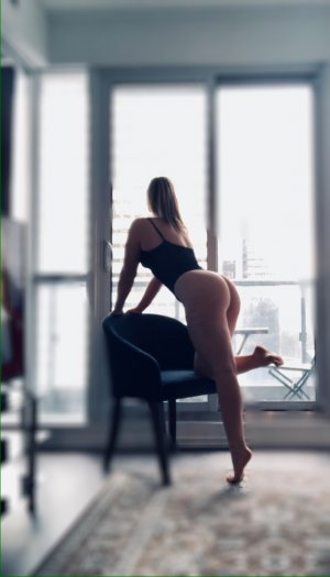 Khelia nature incall escort in Yukon